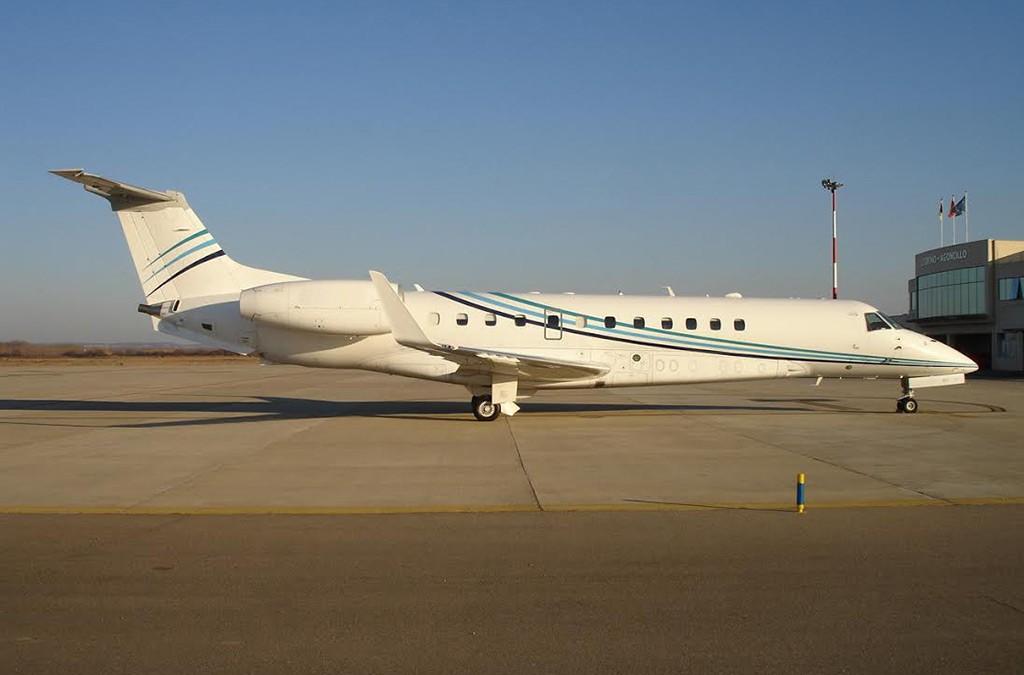 embraer135